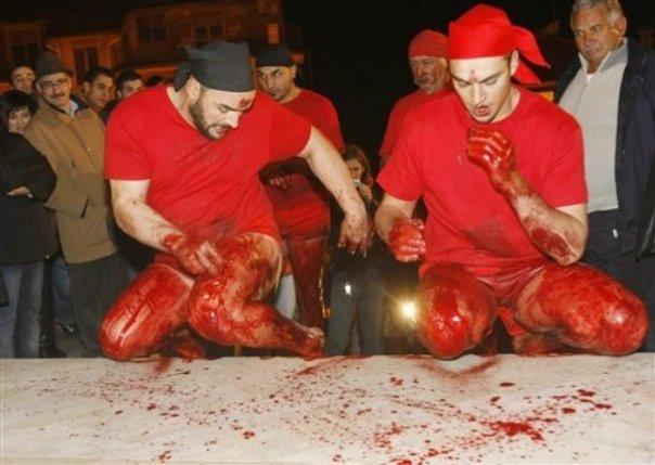 """PASSIONE DI CRISTO / Verbicaro, andrà in scena questa sera il rito dei """"battenti"""""""