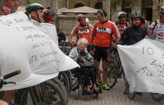 Caso zia Fifina, ciclisti fiorentini le dedicano la tappa 'Fucecchio - San Gimignano'