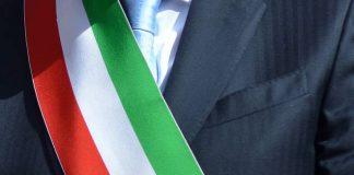 Demanio| Vetere invia pec a Minniti, poi invita la cittadinanza a manifestare domenica: 'Che dite, riconsegno la fascia?'