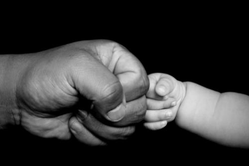 Scalea | Bimbo malato deve essere operato d'urgenza, salvato dalla generosità della gente