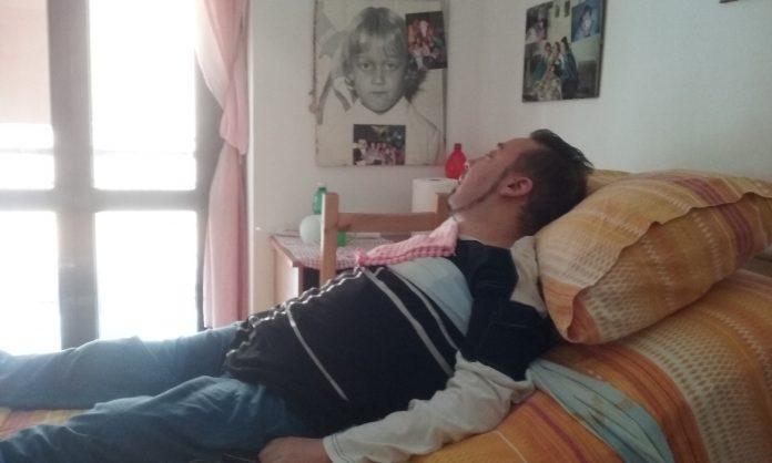 Scalea (Cs) | Disabilità grave, ecco come lo Stato fa sopravvivere Emanuele De Bonis. L'appello disperato di sua madre: 'Aiutateci'