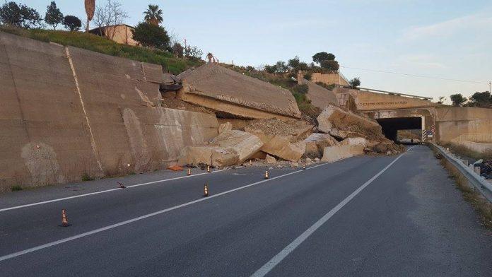 Calabria | Codacons denuncia per i crolli sulla nuova 106, chiesto il sequestro della Variante A