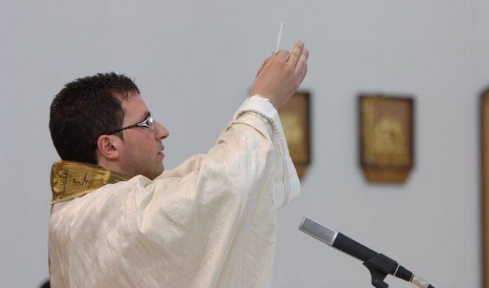 Santa Maria del Cedro| Oggi a Marcellina festa solenne per la consacrazione della chiesa Sacro Cuore di Gesù