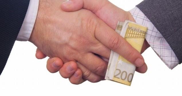 Elezioni Longobucco (Cs)   Presunto voto di scambio, il fratello dell'assessore uscente incastrato dalle registrazioni: presentato esposto in Procura