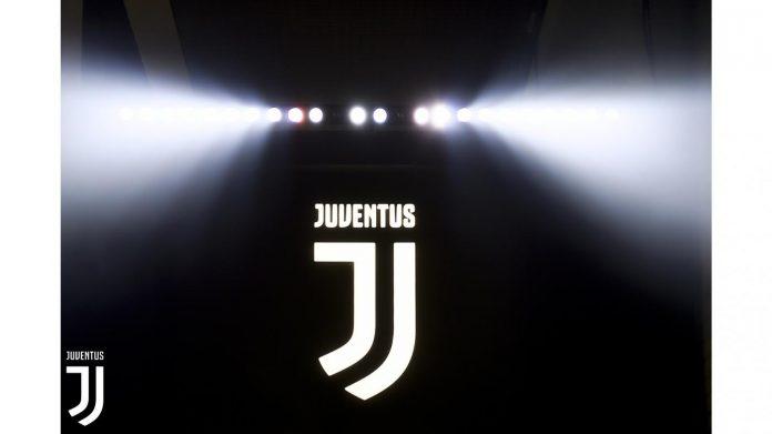 Sport | Ufficializzata la terza maglia della Juventus - GUARDA LE IMMAGINI