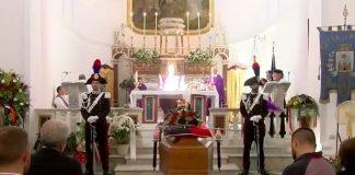 Calabria | Suicidio del maresciallo Paolo Fiorello, le strazianti immagini del funerale - IL VIDEO