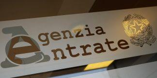 Codacons denuncia: 'A Catanzaro cittadini truffati da dipendente Agenzia delle Entrate'