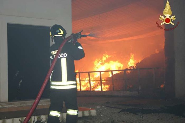 Emergenza incendi: ma chi è che appicca fuochi nel Cosentino?