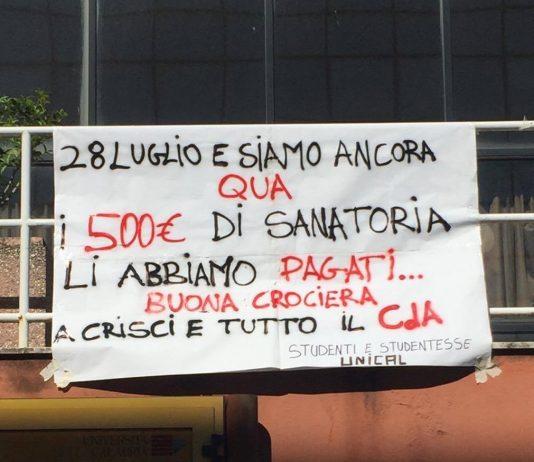 Cosenza, gli studenti dell'Unical: 'Le porcate sulla tasse non vanno in vacanza'
