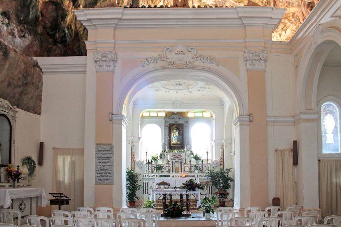 «La Madonna è cosa nostra», l'assurda risposta della diocesi alle polemiche sul Santuario