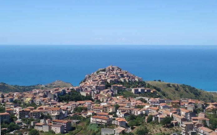 Grisolia, albergo diffuso: pubblicato bando per la gestione di una struttura restaurata