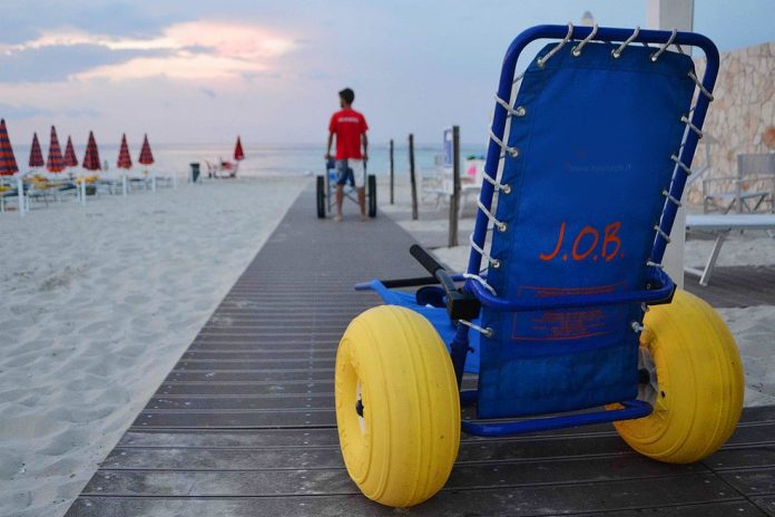 Disabilità e inclusione in Calabria, la straordinaria opera del 'Malferà beach' ignorata dalle istituzioni