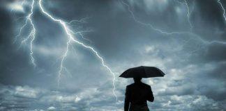 Allerta meteo, nelle prossime ore prevista criticità 'arancione' sulla costa tirrenica