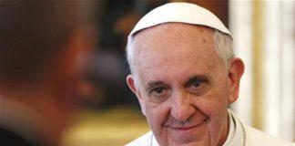 Accuse di pedopornografia, il Vaticano sottrae alla giustizia monsignorCarlo Alberto Capella