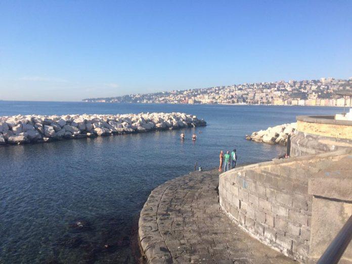 Install conferma: «Il mare di Napoli è pulito, ecco le immagini inequivocabili» [VIDEO]