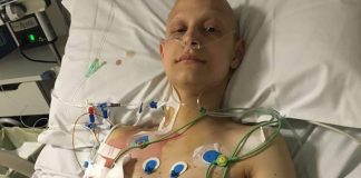 Ha un tumore ma l'Inps lo ignora, i datori di lavoro: «Aiutateci a condividere la sua storia»