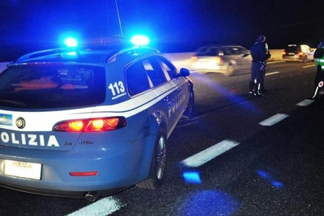 Incidente sull'A2, un arresto per omicidio stradale: conducente sotto effetto alcool