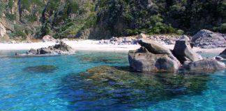 Turismo, Federalberghi: «In Calabria abusivo l'80% delle strutture ricettive»