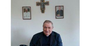 Scalea, figli in altre parrocchie, don Antonio sbotta in una lettera: «Che diamine, siamo una famiglia o no?»