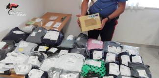 Lamezia Terme, rubava pacchi e lettere e si appropriava del contenuto: arrestato