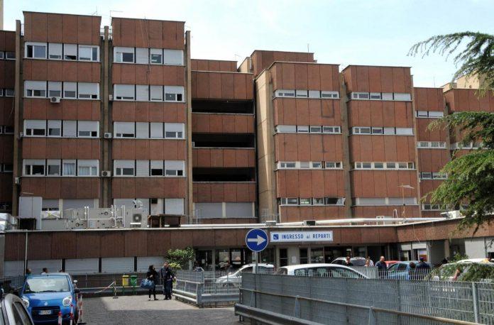Reggio Calabria, l'assurda e misteriosa morte di un 17enne agli Ospedali Riuniti