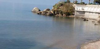 Belvedere: «Cos'è quel lezzo che accompagna lo scarico in mare a Capo Tirone?»