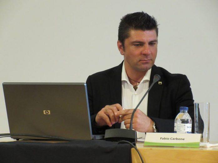 Il crotonese Fabio Carbone nominato Ambasciatore della Pace nel mondo attraverso il turismo