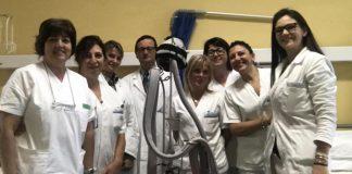 Al Sant'Anna di Torino il casco per non perdere i capelli durante la chemioterapia