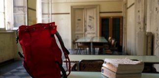 Diplomi di insegnamento falsi, 33 indagati a Cosenza