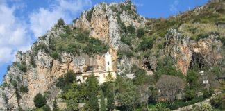 Santuario della Madonna della Grotta: l'ascensore non si farà