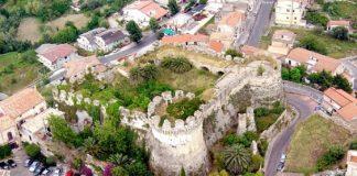 Belvedere, meetup Amici di Beppe Grillo: 'La Soprintendenza ci risponde sul Castello Aragonese'