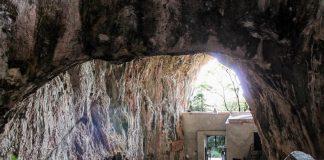 Praia a Mare, Santuario Madonna della Grotta: un ascensore teologico-burocratico