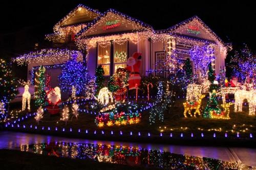 Diamante, oltre cento commercianti si uniscono per 'rallegrare' il Natale