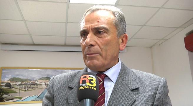 Il sindaco Pasquale Lamboglia: «Alto Tirreno sfruttato e abbandonato, il 4 marzo rimanete a casa»