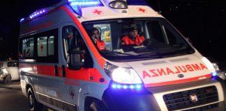 Tragedia a Locri: travolto da due auto, muore pedone lungo la statale 106
