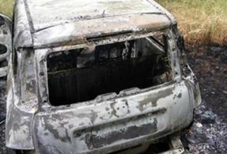 Vibo, trovata incendiata l'auto del duplice omicida Francesco Olivieri