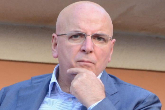 Abuso d'ufficio, la procura di Catanzaro indaga sul presidente della Regione Calabria Mario Oliverio