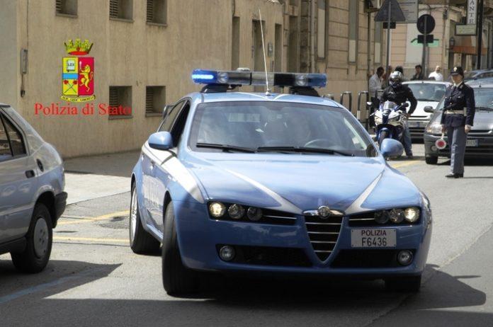 Corigliano Rossano: picchia e minaccia compagna, arrestato 40enne
