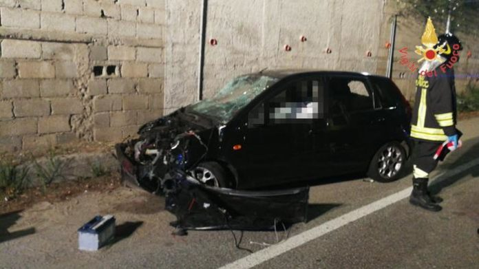 Catanzaro, 20enne muore in un incidente stradale