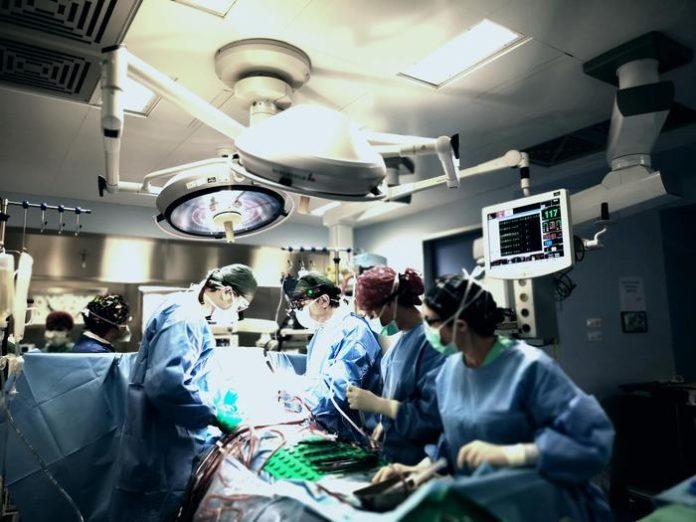 Reggio Calabria, eseguito doppio intervento cuore-cervello su due diversi pazienti