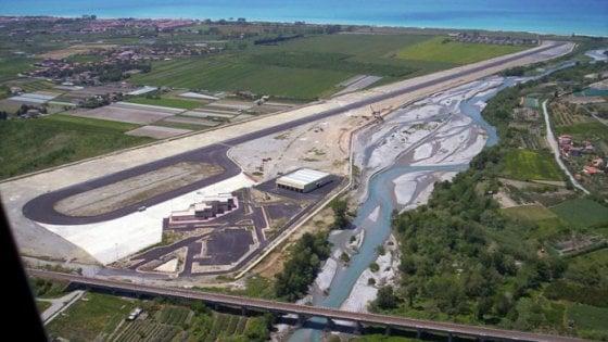 Fallisce la società di gestione dell'aeroporto di Scalea, Comune fa domanda di ammissione al passivo