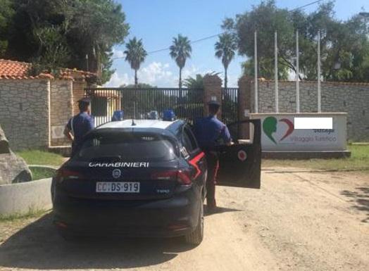 Violazione dei sigilli, arrestato titolare di un resort a Pizzo
