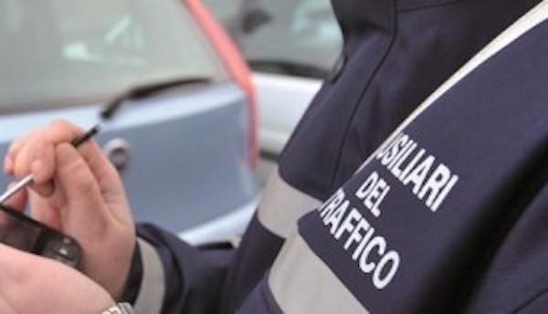 A Paola un ausiliario del traffico costa al Comune oltre 3,6mila euro al mese