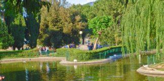 Rende, rapporto sessuale in pieno giorno nel parco Robinson: denunciata coppia di cosentini