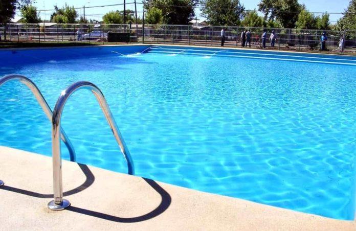 Malore in piscina, 14enne muore in una struttura turistica del Cosentino