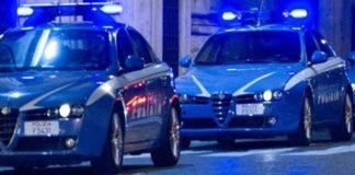 Catanzaro, ruba auto e sperona volante della polizia: arrestato 28enne