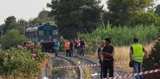 Ancora grave la madre dei bimbi uccisi da treno: in coma e con fratture multiple