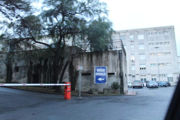 Ospedale di Praia, pugno al tecnico radiologo: dall'Asp di Cosenza nessun provvedimento