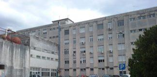 Ospedale di Praia, il tecnico aggredito ha riportato una frattura alle ossa nasali