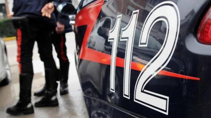 46enne in stato confusionale a spasso con un'ascia: è accaduto nel Vibonese
